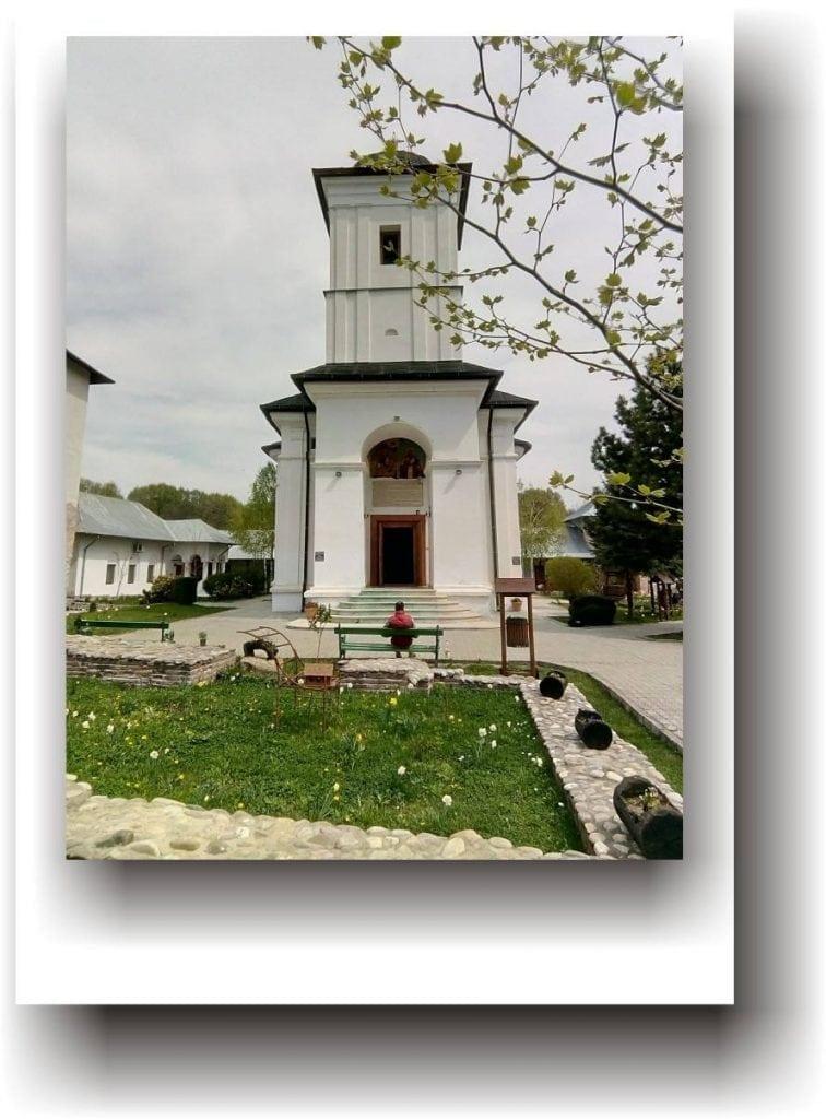 Mănăstirea Nucet