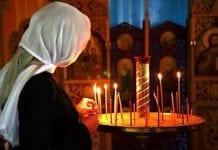 rugaciune-femeie-ora de religie