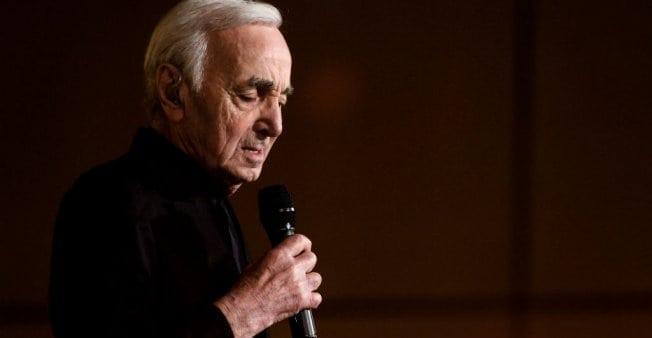 """Charles Aznavour, supranumit """"Sinatra francez"""", o viață dedicată cântecului"""
