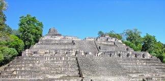 Civilizația Maya
