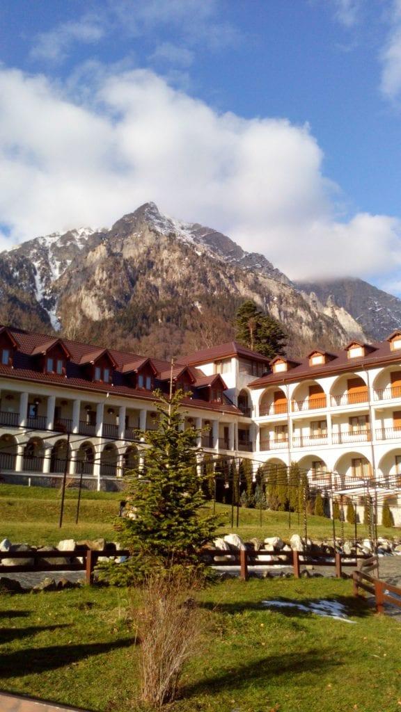 Bușteni -Mânăstirea Caraiman