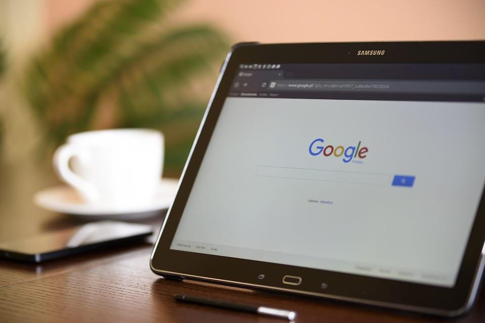 Google+, închis după expunerea datelor a sute de mii de utilizatori