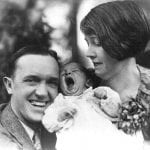 """S-a întâmplat în 23 februarie 1965 . A murit Stan Laurel (numele real: Arthur Stanley Jefferson), actor de film american de origine britanică, membru al celebrului cuplu de comici """"Stan şi Bran"""". Stan Laurel (n.16 iunie 1890), pe numele său real Arthur Stanley Jefferson, s-a născut în Ulverston, Lancashire (azi Cumbria), Anglia. În 1912, s-a mutat în SUA și, în scurt timp, a fost asimilat ca imitator al lui Charlie Chaplin."""