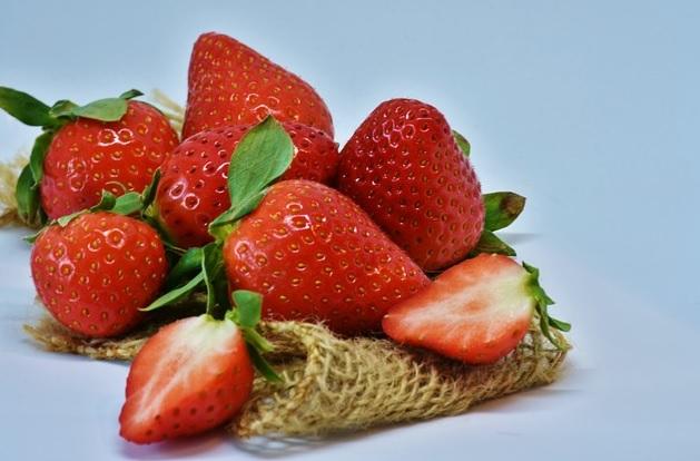 căpșuni și fragi 1