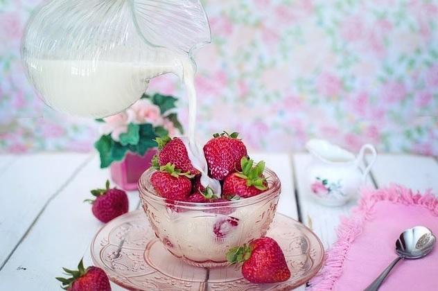 căpșuni și fragi